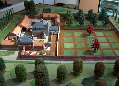 Tony Won's Chateau d'Hougoumont in 28mm