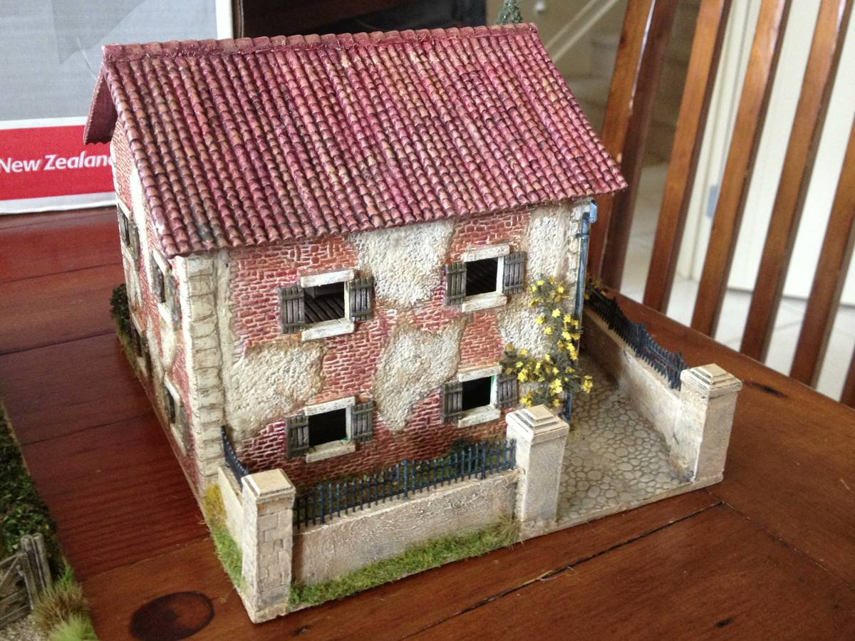 Italeri Country House Front Entrance