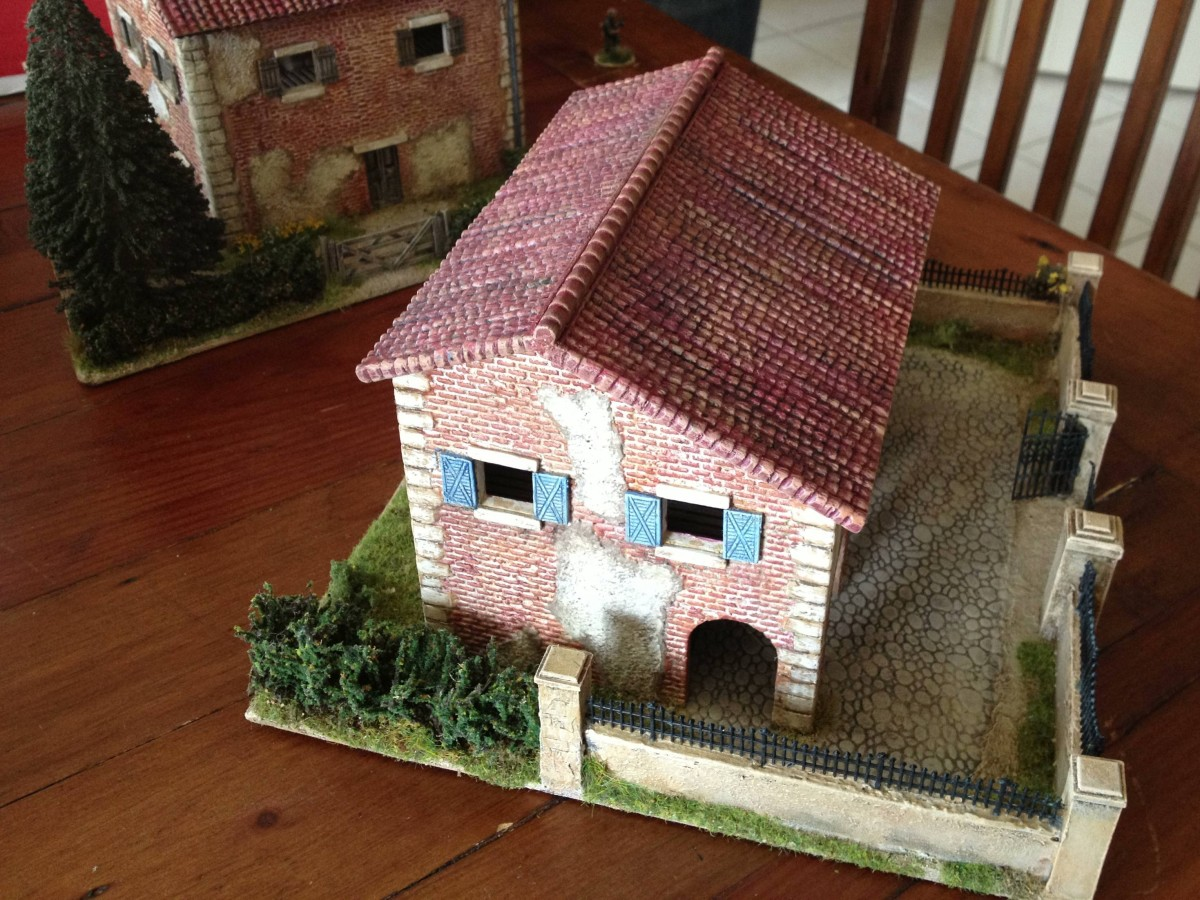 Italeri House With Porch From Above