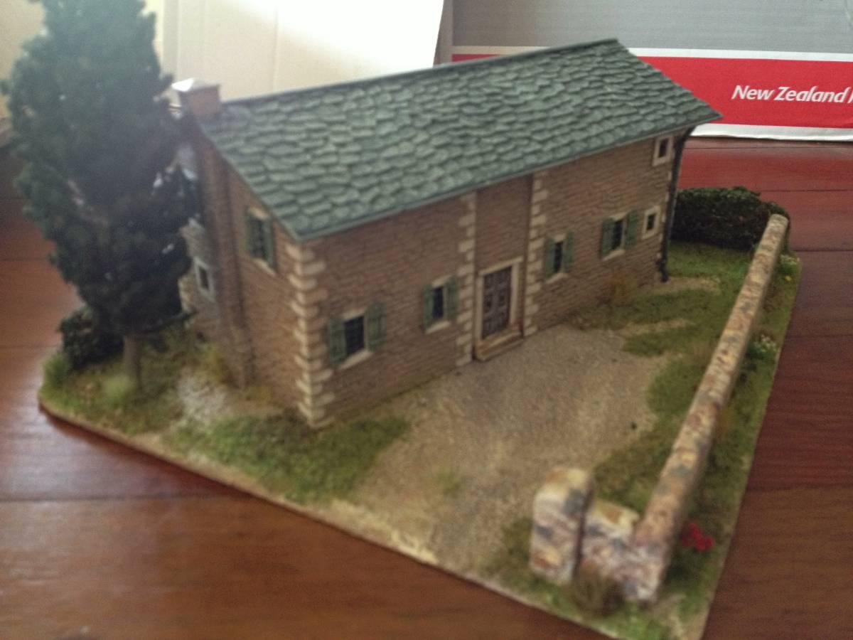 Italeri Stone House Front