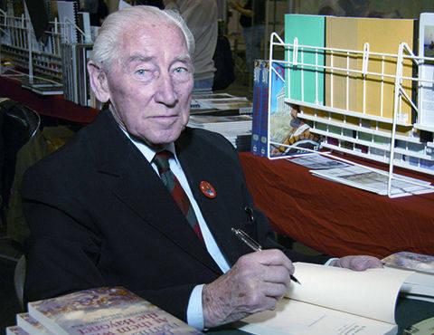 Donald Featherstone